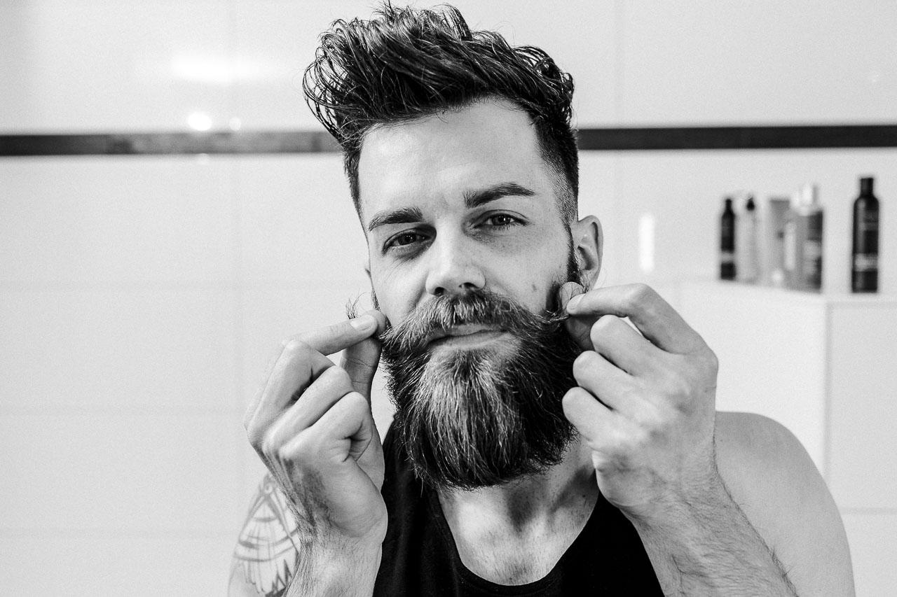 Fünf einfache Schritte für die Bartpflege.