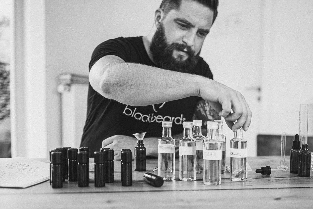 Rezepturen für dein eigenes Bartöl.