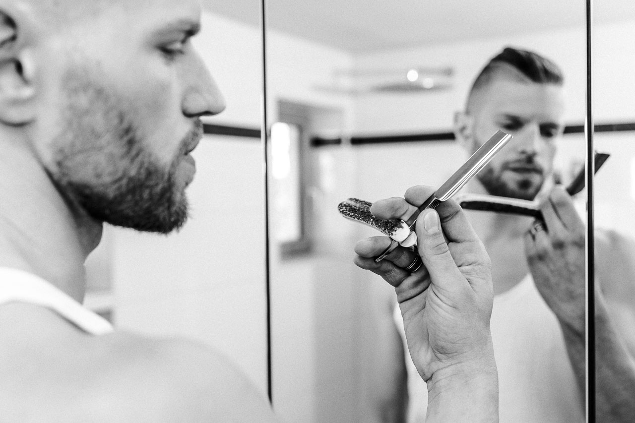 Ein Rasiermesser ist ein mächtiges Werkzeug für deine Rasur. Du solltest genau wissen, was du damit vorhast und auf was du achten musst, denn jedes Messer hat besondere Eigenschaften.
