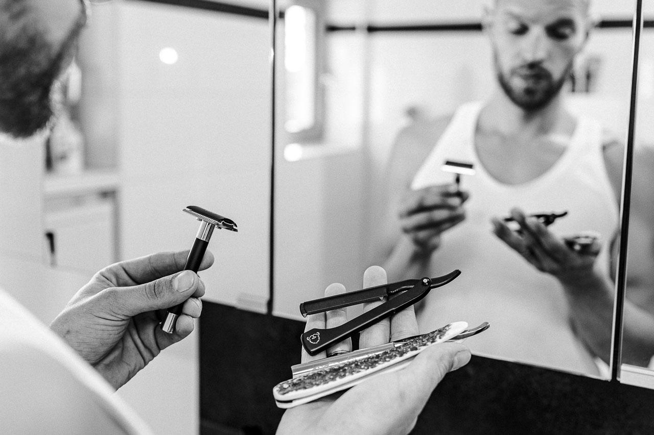 Bei der Wahl deines Rasierwerkzeugs gibt es nicht die eine Formel, nach der du und jeder andere sofort das perfekte Tool in Händen haltet. Finde heraus, welches zu dir persönlich passt.