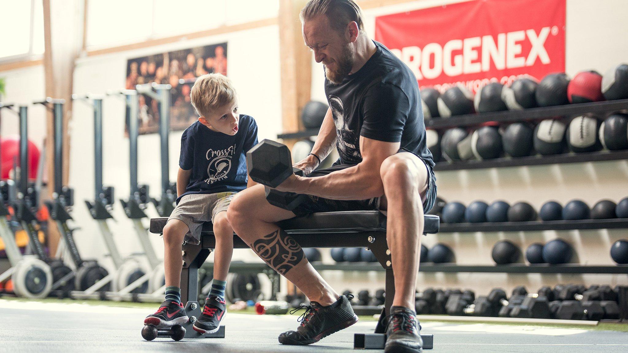 Mach Sport mit deinem Sohn am Vatertag