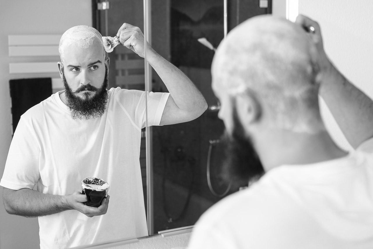 Wie oft rasieren glatze Glatze rasieren: