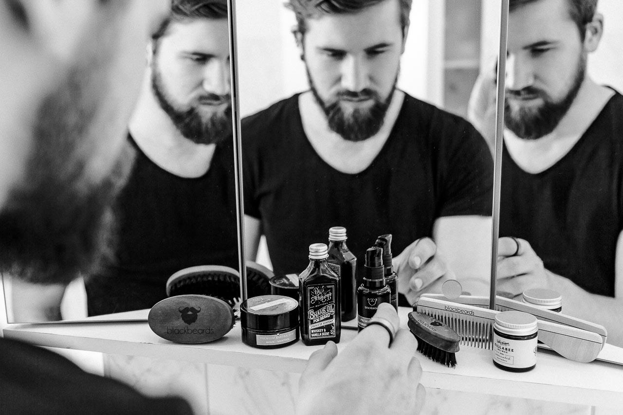 Bei einem Bartpflege Set sollte alles dabei sein, was deinen Bart glücklich, gesund und zufrieden hält.