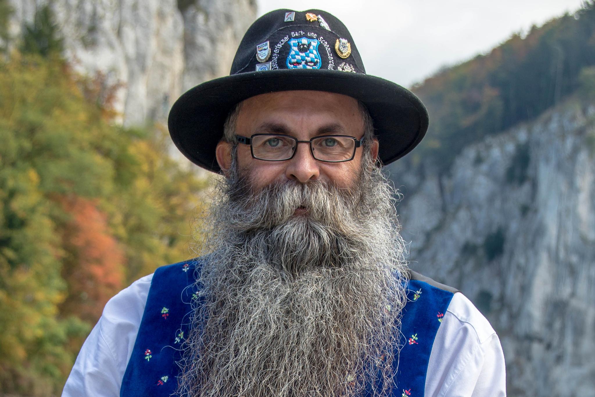 In bärtigen Kreisen fällt sein Name immer wieder. Wilhelm Preuß ist ein Urgestein der Bartkultur.