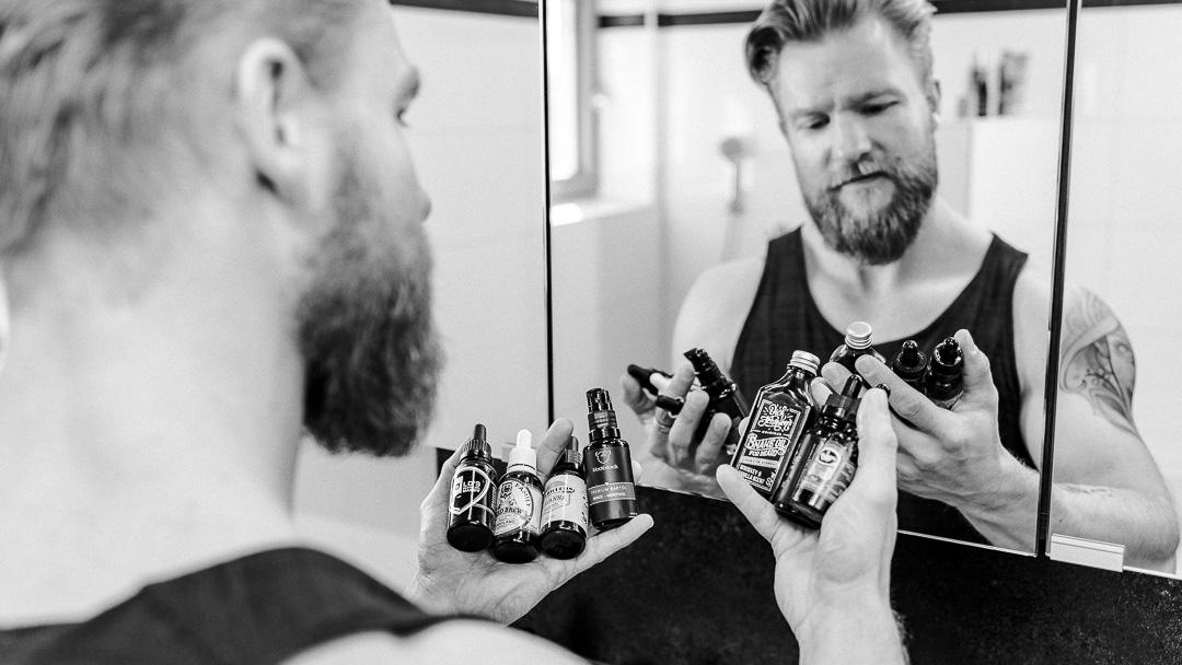 Bartöl ist wunderbar und es macht deinen Bart herrlich weich dank seiner Inhaltsstoffe, zu denen du einiges wissen solltest.