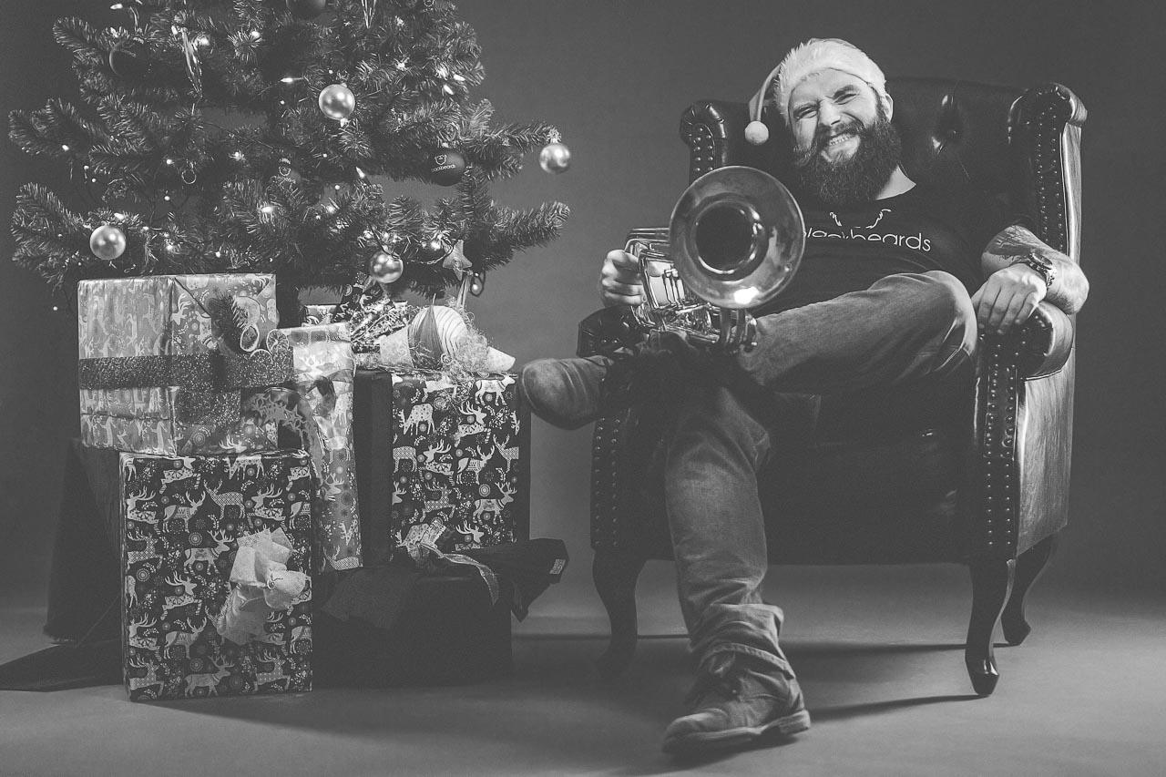 Komm mit Mike Seebauer von blackbeards in Weihnachtsstimmung